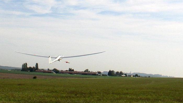 В Швейцарии разбились легкий самолет и планер: пять жертв