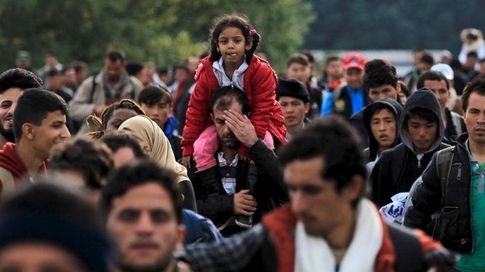 Бунт мигрантов в Литве: пограничники применили слезоточивый газ