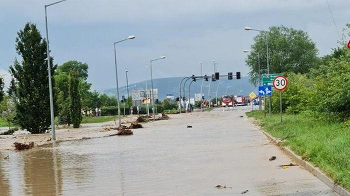 В Польше затоплены сотни дорог и дома (фото)