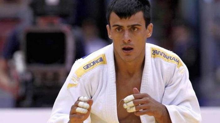Зантарая в кровавом поединке одолел испанца на старте Олимпиады-2020