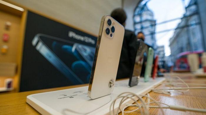 Новое поколение iPhone может стать дефицитным