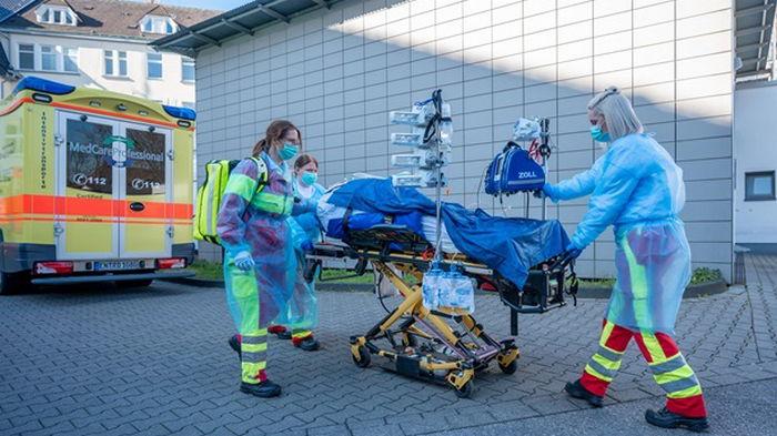 В Германии фиксируют новую волну COVID-19