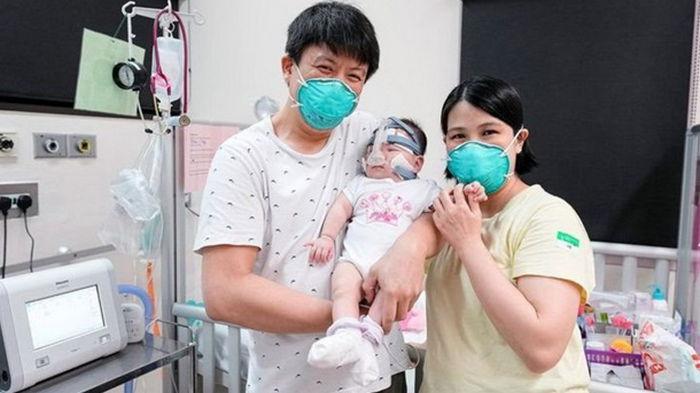 В Сингапуре врачи спасли жизнь самому маленькому ребенку на планете (фото)