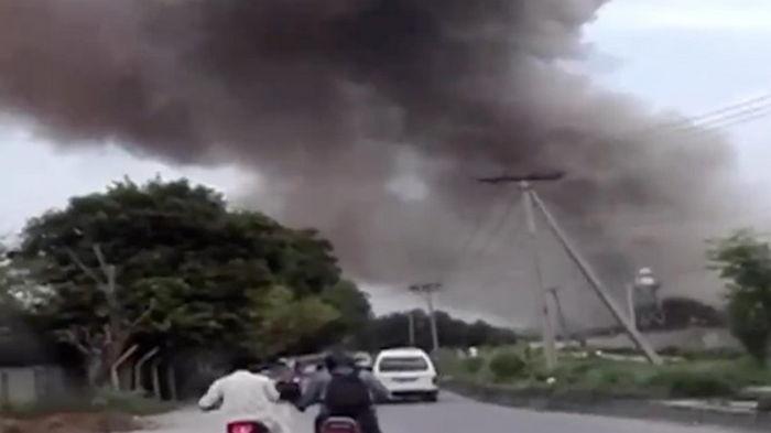 На военном заводе в Пакистане при взрыве погибло три человека