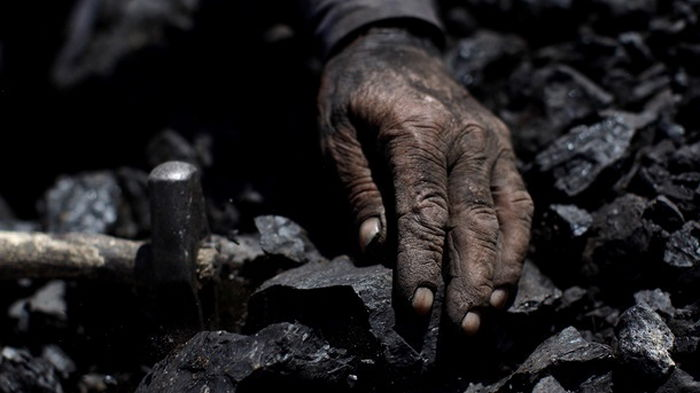 В Китае два десятка шахтеров оказались под завалами