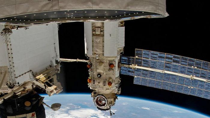 На орбите скрипит российская Наука. Космонавты жалуются – заглушает все остальное на МКС