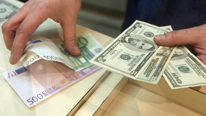 Курсы валют на 19 августа: гривна на максимуме за год