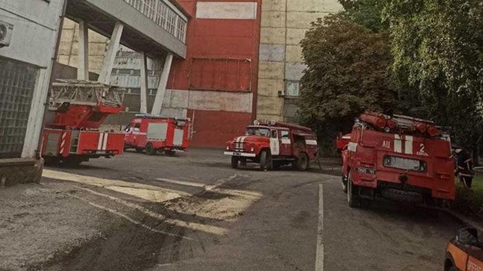 С пожаром на Бурштынской ТЭС борются 57 пожарных