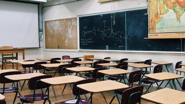 Во Львове школы могут перейти на дистанционное обучение