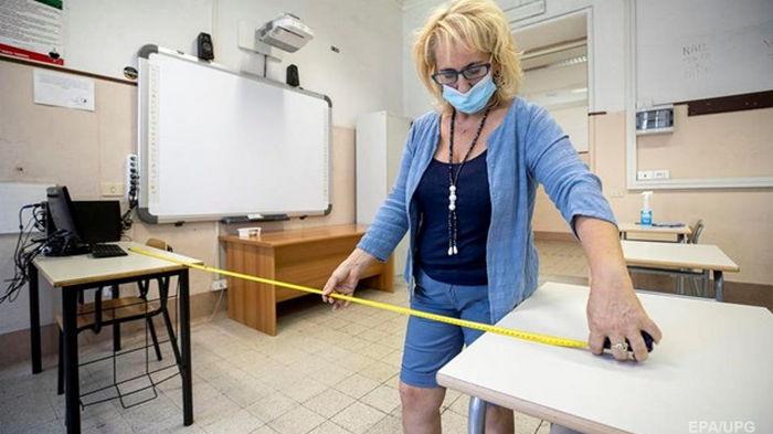 МОН оценило вакцинацию в школах перед 1 сентября
