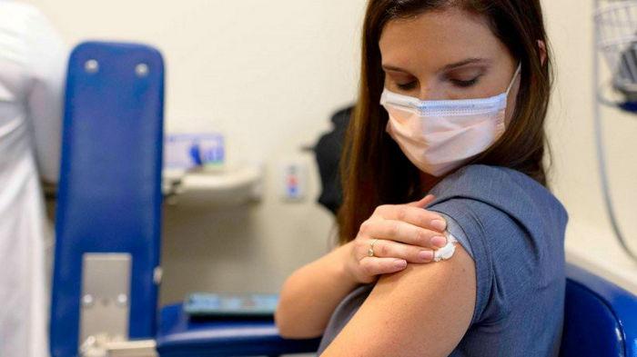 Прививаться от гриппа следует после COVID-вакцинации