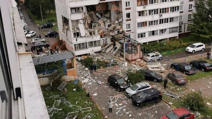 В России взрыв газа разнес несколько этажей многоэтажки