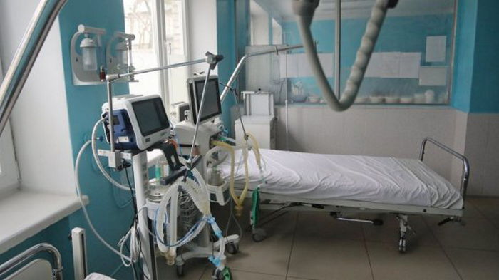 Динамика госпитализации из-за коронавируса превысила норму в шести областях
