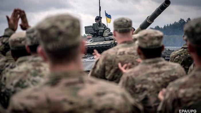 В украинской армии уже ввели 303 стандарта НАТО