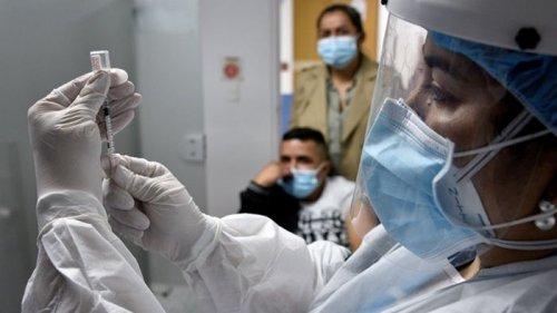 Украина продолжает наращивать количество прививок