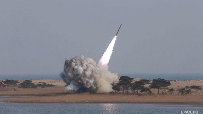 КНДР испытала новую зенитную ракету - СМИ