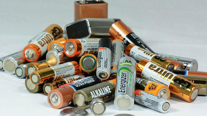 Прощай, батарея: какую революцию затеяли ученые