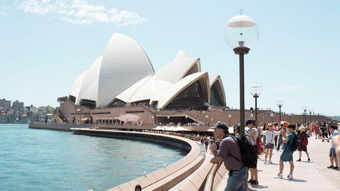 Австралия не будет принимать иностранных туристов до 2022 года
