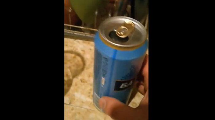 На заводе в Петербурге в банки вместо пива налили воду (видео)