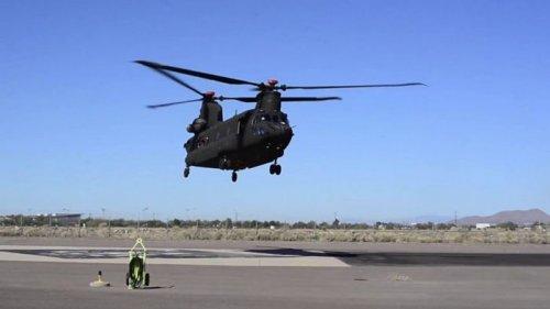 Boeing заключил контракт с армией США на поставку вертолетов Chinook Block II (фото)