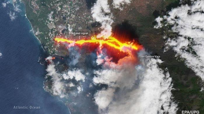 Вулкан на Ла-Пальме: власти эвакуировали еще более 700 человек