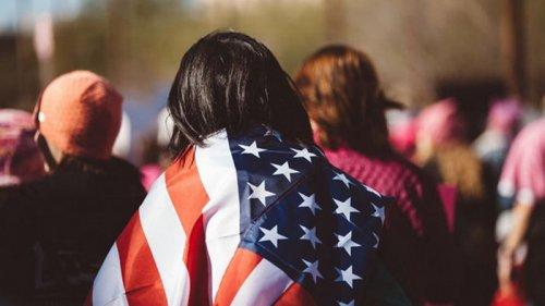 Власти США объяснили, кого будут впускать в страну
